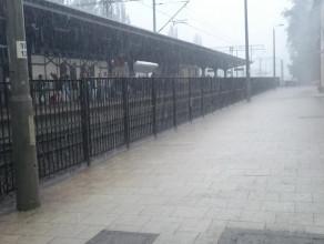 Ulewa w okolicy dworca Gdańsk Oliwa