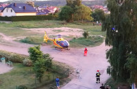 Start helikoptera z poszkodowanym w Gdyni