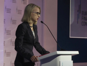 Minister finansów Teresa Czerwińska podczas EKF2018