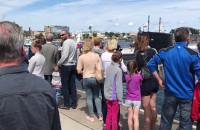 Tłumy w kolejce do zwiedzania okrętu ORP Bielik