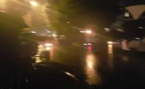 Początek FETY w w pewnym deszczu.