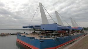 Przęsła mostu w Sobieszewie na placu budowy