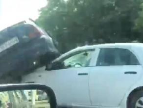 Skutki zderzenia aut na Hucisku