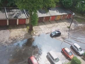 Zalana ulica Swarzewska w Gdyni