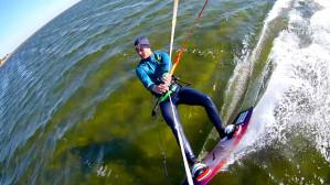 Kitesurfing czyli - deska na wodzie z latawcem