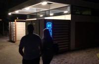 Dyskotekowa toaleta w Brzeźnie