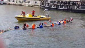 Zawody smoczych łodzi na Motławie