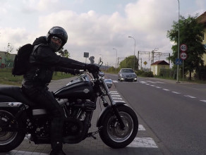 Bezmyślny motocyklista