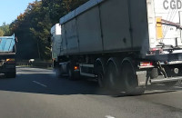 Zepsuta ciężarówka za Matarnią