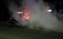 Pożar samochodu na ul. Powstańców...