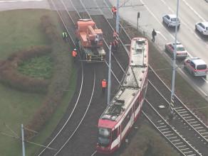 Wykolejony tramwaj w centrum Gdańska