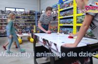 DAMI - zabawkowy raj znajduje się w Gdyni na Hutniczej 8