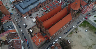 Bazylika św. Mikołaja z lotu ptaka