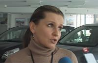 Salony samochodowe - wciąż potrzebne klientowi