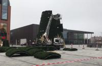 Budowa choinki przy Forum Gdansk