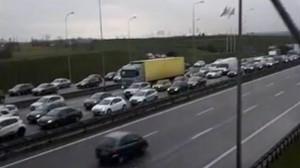 Mega korek - Węzeł Karczemki w stronę Gdyni