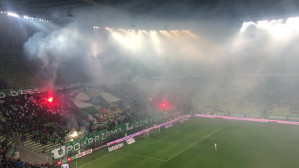 Pirotechnika na meczu Lechii Gdańsk z Górnikiem Zabrze