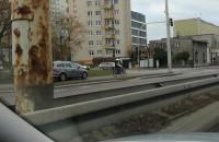 Jazda samochodu po chodniku