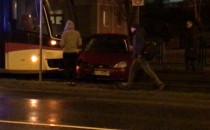Tramwaj wjechał w auto na Kartuskiej