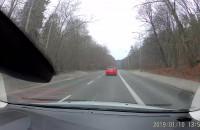 Kierowca wyprzedza buspasem w Gdyni