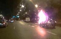 Płonące auto na obwodnicy
