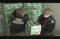 Wyładunek pierwszych skrzynek piwa