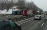 Korek po wypadku ciężarówki