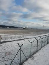 Start transportowego Antonova z lotniska w Gdańsku