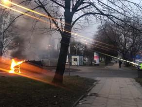 Pożar auta przy placu Zebrań Ludowych w Gdańsku