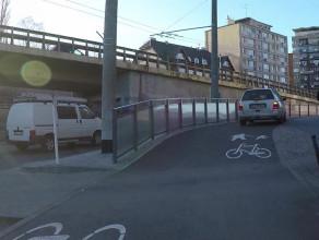 W Gdyni na drodze rowerowej najczęściej spotkasz samochód