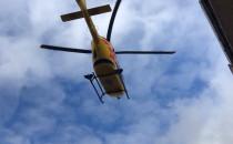 Śmigłowiec LPR ląduje na boisku w Chyloni