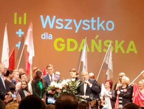 Prezydent Gdyni z kwiatami od Gdyni