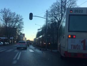 Autobus na torowisku tramwajowym