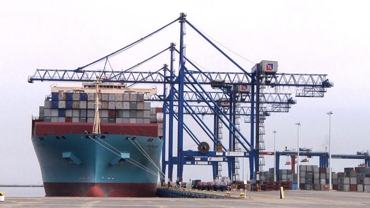 Kontenerowiec Maersk Elba zawitał do gdańskiego terminalu DCT.