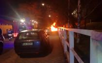 Spłonął samochód przed Mariottem w...