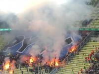 Race odpalone przez kibiców Lecha Poznań