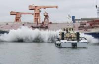 Wodowanie boczne trawlera w Remontowa Shipbuilding