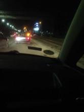 Auto na torach tramwajowych na ul. Marynarki Polskiej