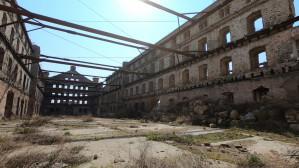 Ruiny Trójmiasta: Wnętrza jednej z hal dawnych zakładów mięsnych