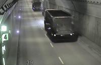 Ciężarówki z węglem w tunelu pod Martwą Wisłą