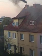 Czarny dym z komina