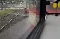 Zaparowane szyby w tramwaju w Gdańsku