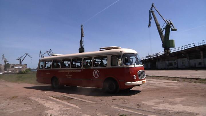 Stocznię można zwiedzać takżewraz zSubiektywną Linią Autobusową.