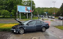 Duży korek po wypadku przy pl. Zebrań...
