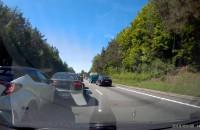 """Efekt jazdy """"na zderzaku"""" obwodnica S6"""