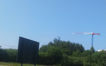 Helikopter WP latający nad Auchan...