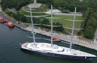Wart 200 mln dolarów jacht Black Pearl zacumował w Gdańsku