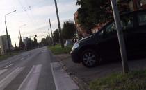 Zejdź z chodnika, bo autko jedzie...