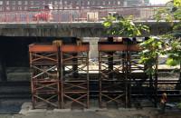 Trwa rozbiórka starego wiaduktu na Biskupiej Górce