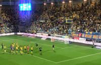 Arka Gdynia - Górnik Zabrze 1:0. Pierwsza wygrana w sezonie 2019/20